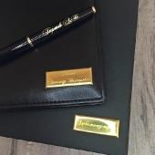 Бизнес-аксессуары (ручки, ежедневники, визитницы)