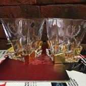 Пара хрустальных стаканов для виски