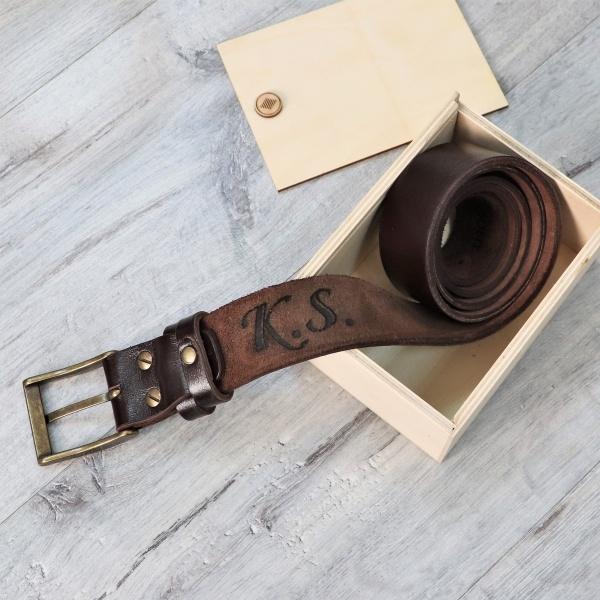 """Кожаный ремень с гравировкой """"Belt"""" от 3 200 руб"""