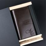 Подарочный набор портмоне и ручка Pierre Cardin с гравировкой Мольер, цвет коричневый