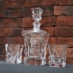 Набор штоф и 2 стакана для виски в подарочной деревянной коробке с гравировкой Кубики льда