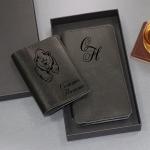 Подарочный набор портмоне и обложка для паспорта с гравировкой Nord, цвет черный
