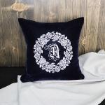 Подушка интерьерная с вышивкой